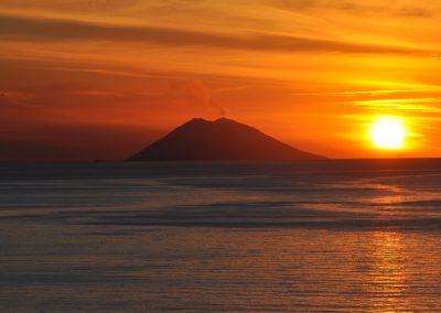 stromboli-saulelydis-italijoje